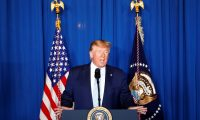 ترامب يمدد العقوبات المفروضة على روسيا لعام آخر
