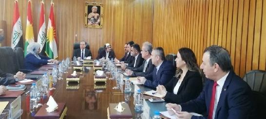 مصدر برلماني:اجتماع علاوي مع القوى الكردية بدون نتائج