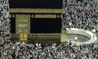 السعودية تعلق دخول المعتمرين والسياح الى أراضيها بسبب كورونا