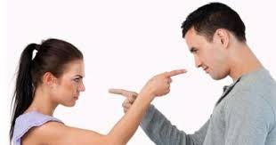 """""""حواجز خفية"""" بين الرجال والنساء رغم التقدم"""