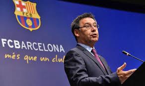 تخفيض رواتب قادة فريق برشلونة بسبب كورونا