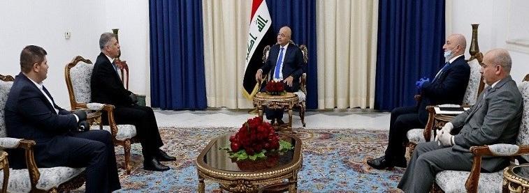 صالح يدعو إلى تشكيل حكومة كفاءات