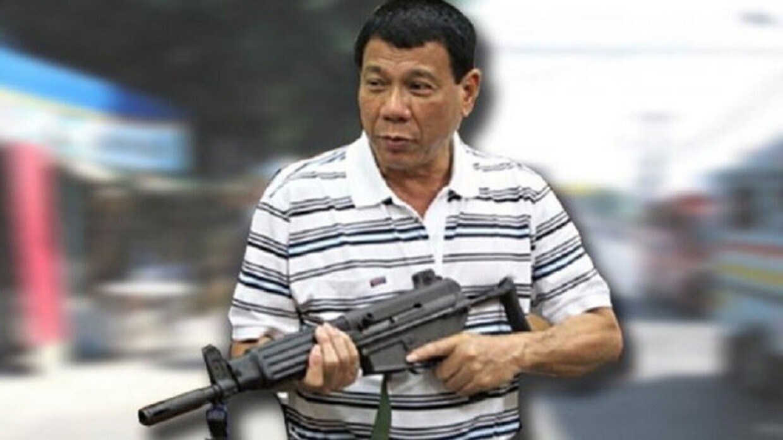 الرئيس الفليبيني يأمر بإطلاق الرصاص لمن ينتهك حظر التجوال