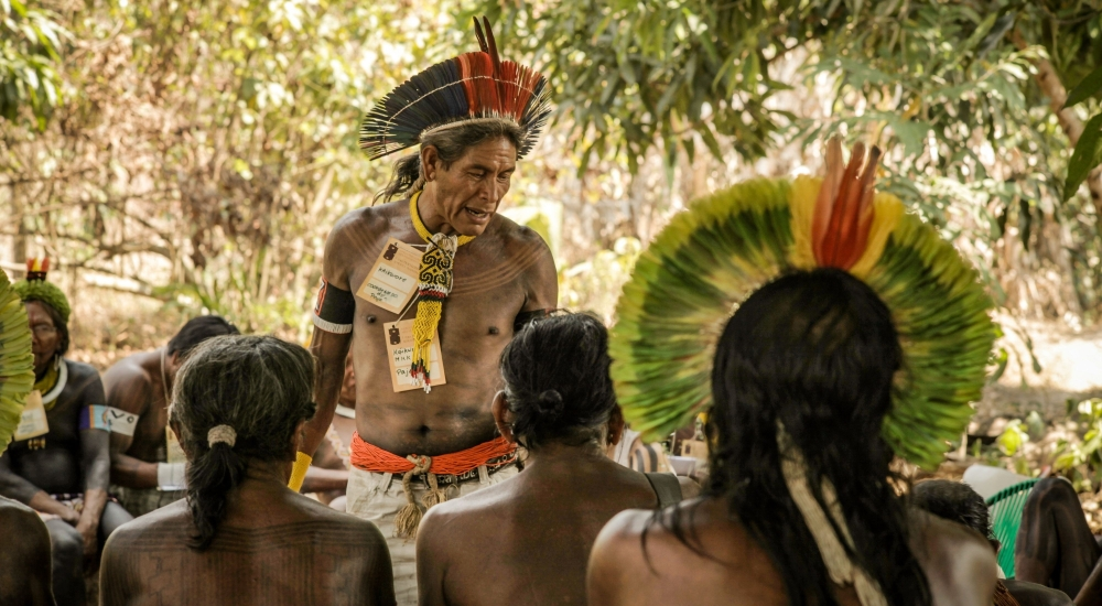 سكان الأمازون يلجأون إلى وصفات أسلافهم الطبية لمعالجة كورونا