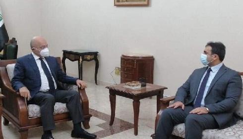 صالح والوائلي يؤكدان على اتباع الوسائل المعتمدة دولياً في المنافذ