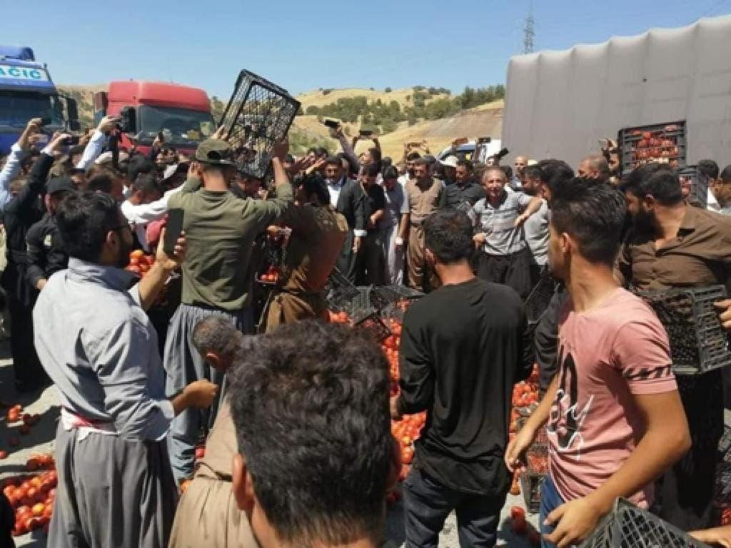فلاحو العراق يحتجون ضد إيران