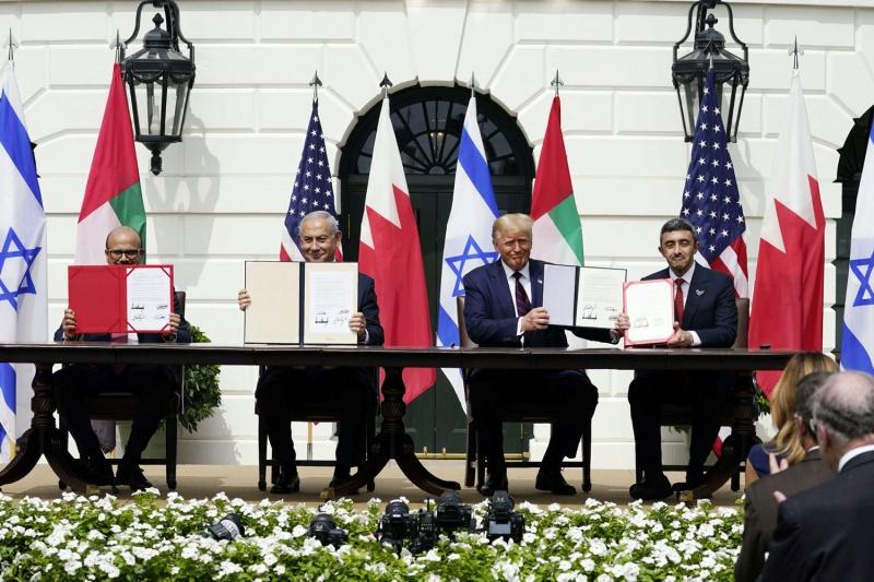 اِتفاق سلام بين الإمارات والبحرين وإسرائيل
