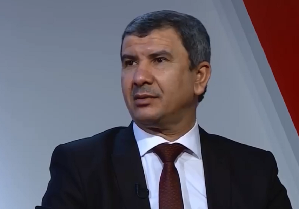 وزير النفط يؤكد على زيادة صادرات العراق النفطية وتطوير الاقتصاد