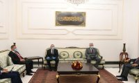 صالح والسفير الروسي يؤكدان على تعزيز التعاون بين البلدين