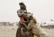 """""""رجال الضباع"""" في نيجيريا.. وعلاقتهم مع أشرس حيوان"""