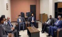 وزير النفط يوعز بصرف 300 مليون دينار إلى وزارة الصحة وتخوف نيابي من تحويله إلى التيار الصدري