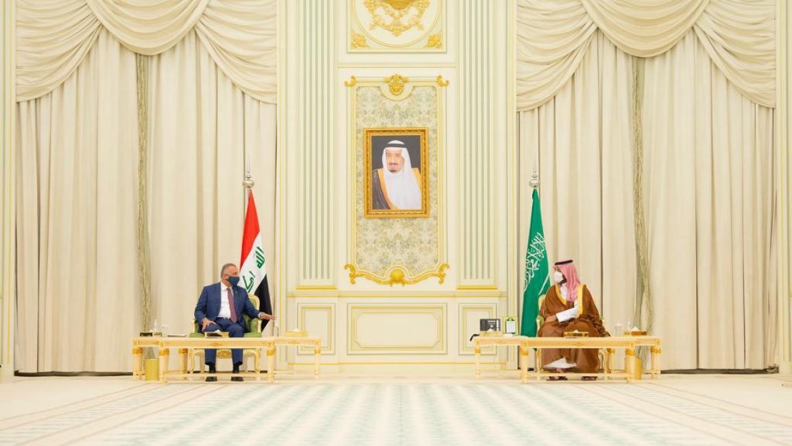 الكاظمي ومحمد بن سلمان يؤكدان على تعزيز العلاقات بين العراق والسعودية في كافة المجالات