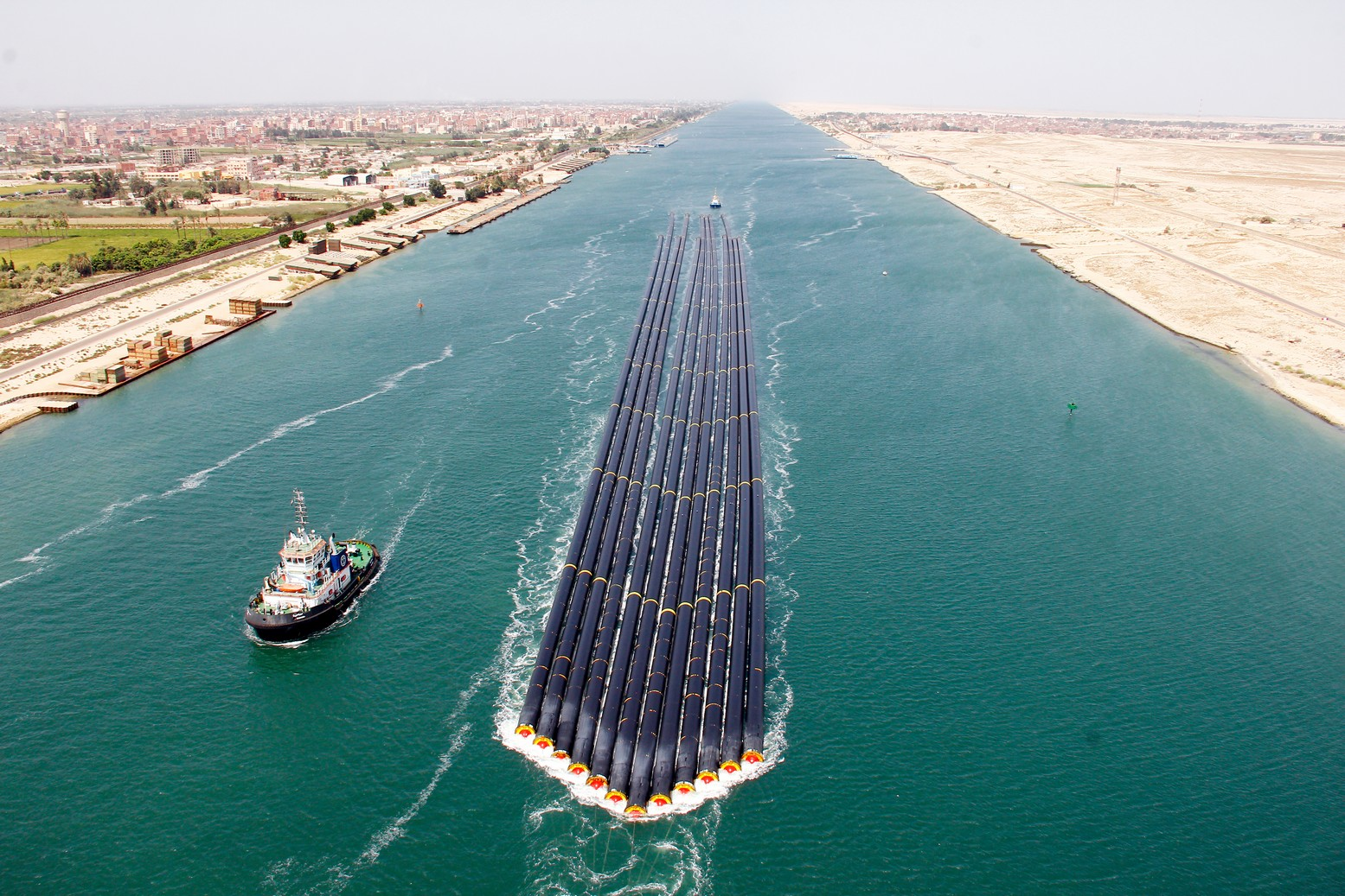 مصر تدرس توسيع قناة السويس