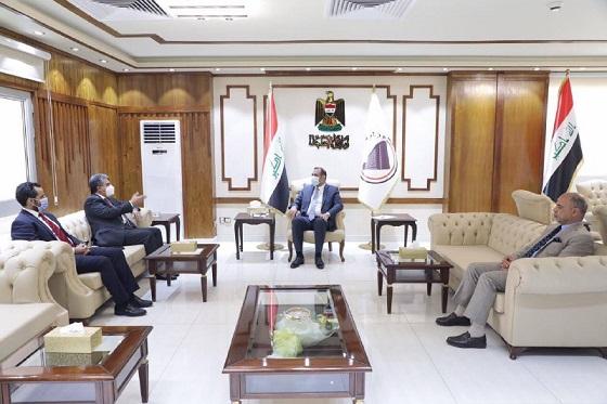 العراق والكويت يبحثان إنشاء منطقة تجارية مشتركة بين البلدين