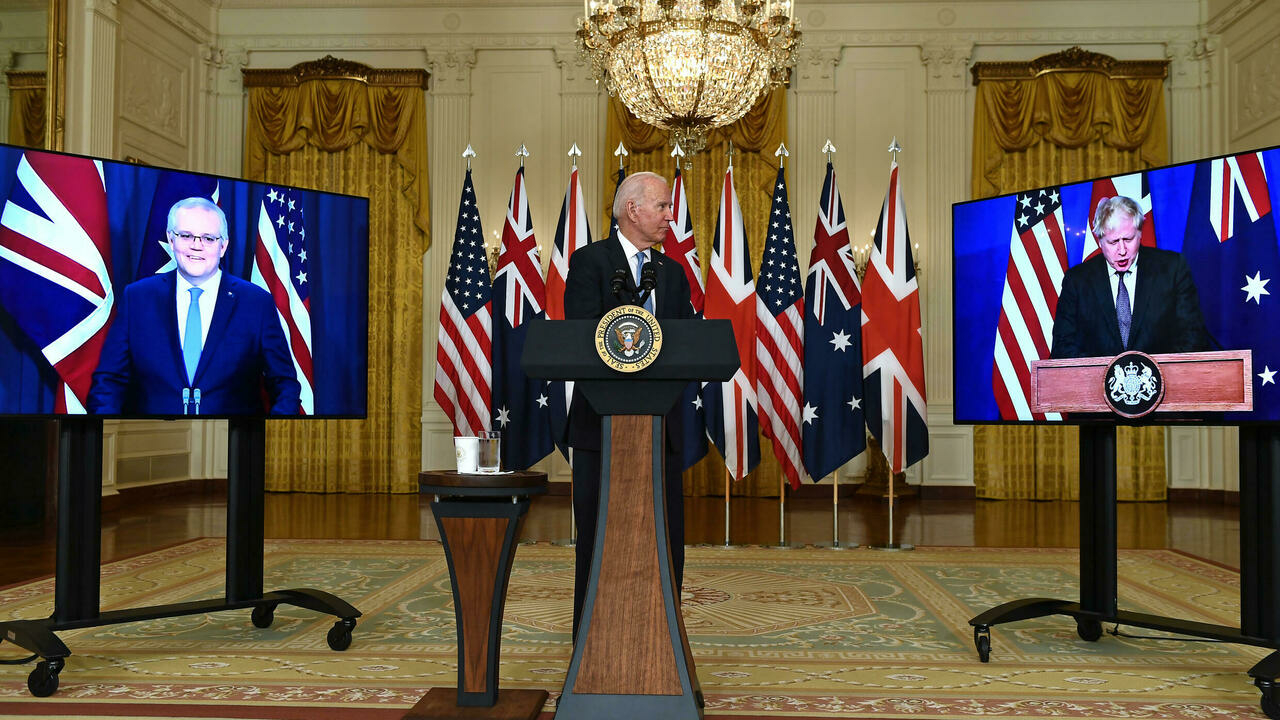 """فرنسا """"منزعجة"""" من صفقة الغواصات النووية بين أمريكا وإستراليا وبريطانيا"""