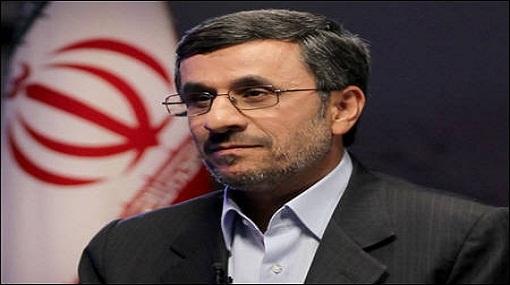 أحمدي نجاد يصل القاهرة في أول زيارة لرئيس ايراني منذ 34 عاماً