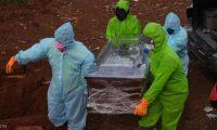 خطفوا جثة المتوفي بكورونا وأعادوها للثلاجة