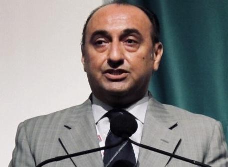 حريري:الفريق العراقي المفاوض لم يطلب من أمريكا سحب قواتها من البلاد