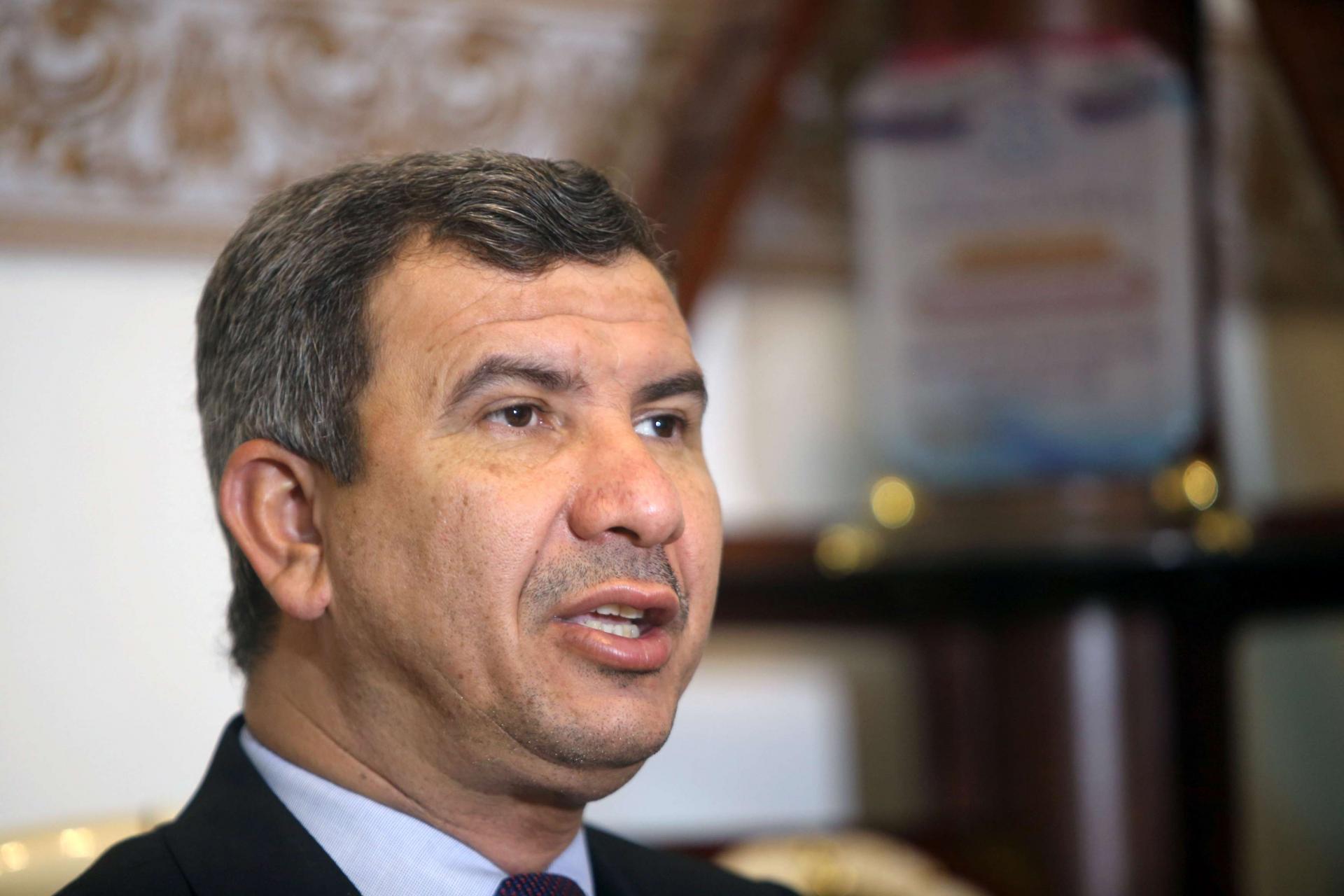 وزير النفط يؤكد على إنجاز المشاريع الاستثمارية لدعم الاقتصاد الوطني