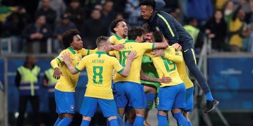 الفريق البرازيلي يفوز على البارغواي