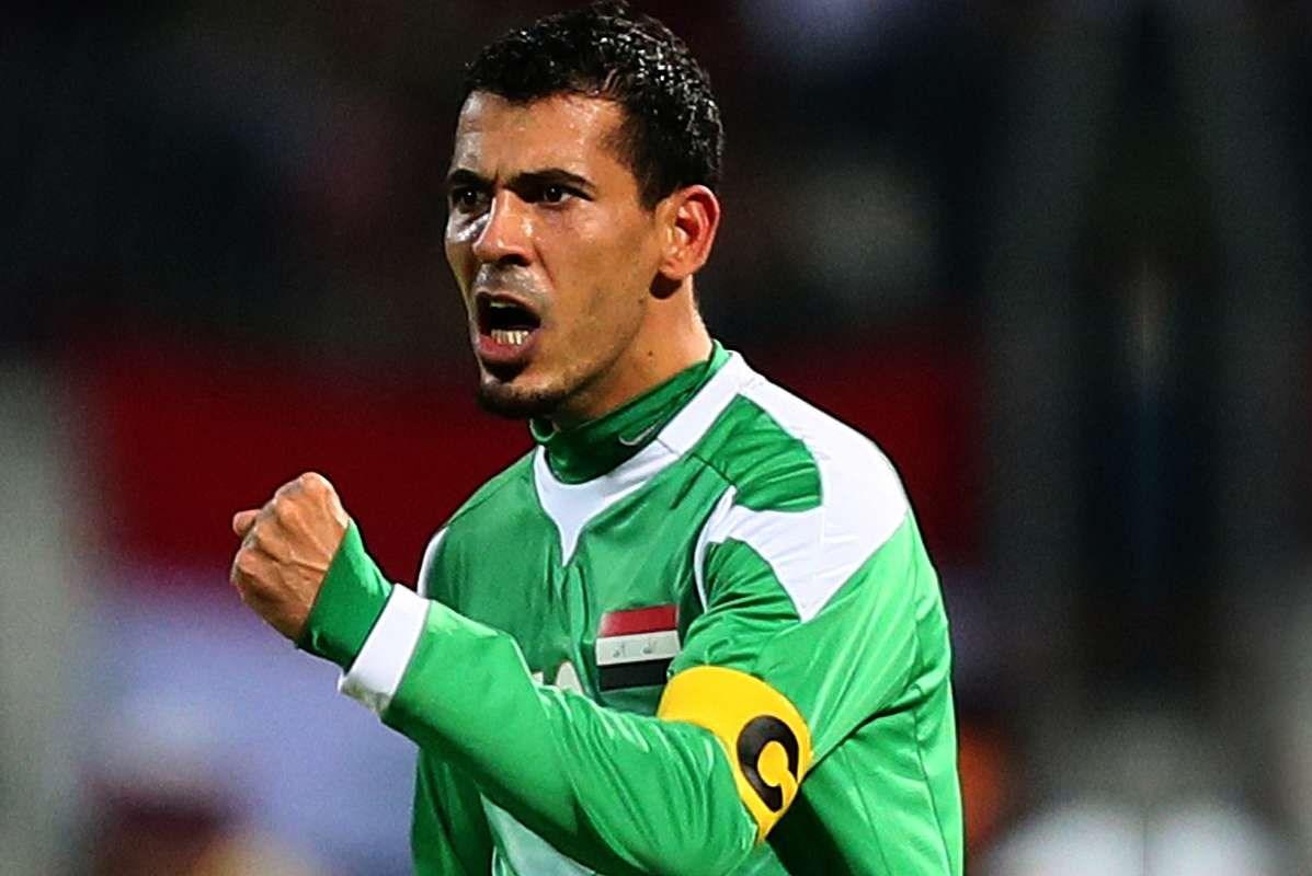 الكابتن يونس محمود مشرفا على المنتخب الوطني