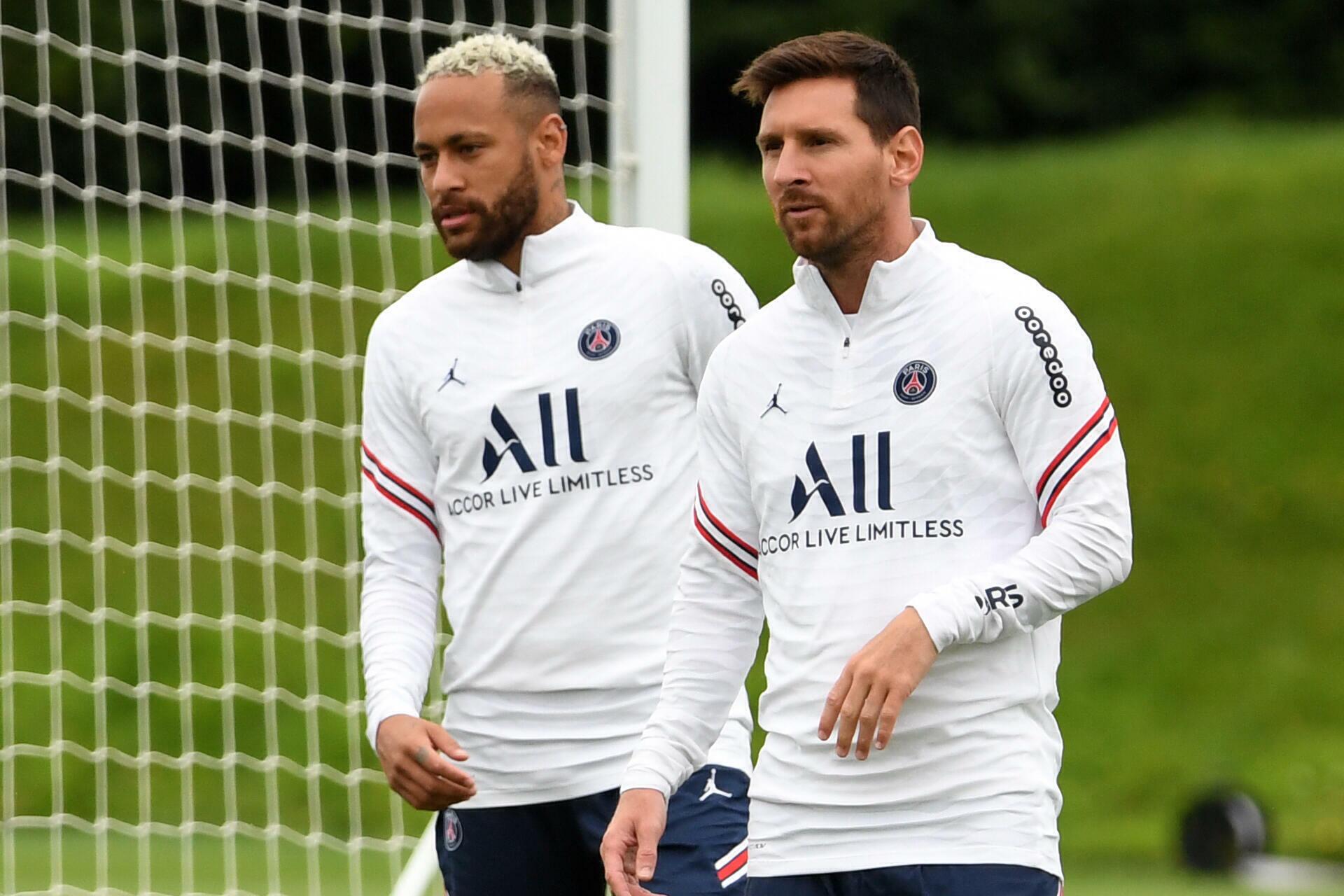 ميسي ونيمار سينضمان إلى تشكيلة الفريق ضد كلوب بروج البلجيكي