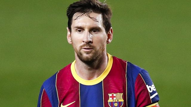 برشلونة يحتفي بميسي ضمن قائمة اللاعبين المرشحين لجائزة الأفضل بعام 2021